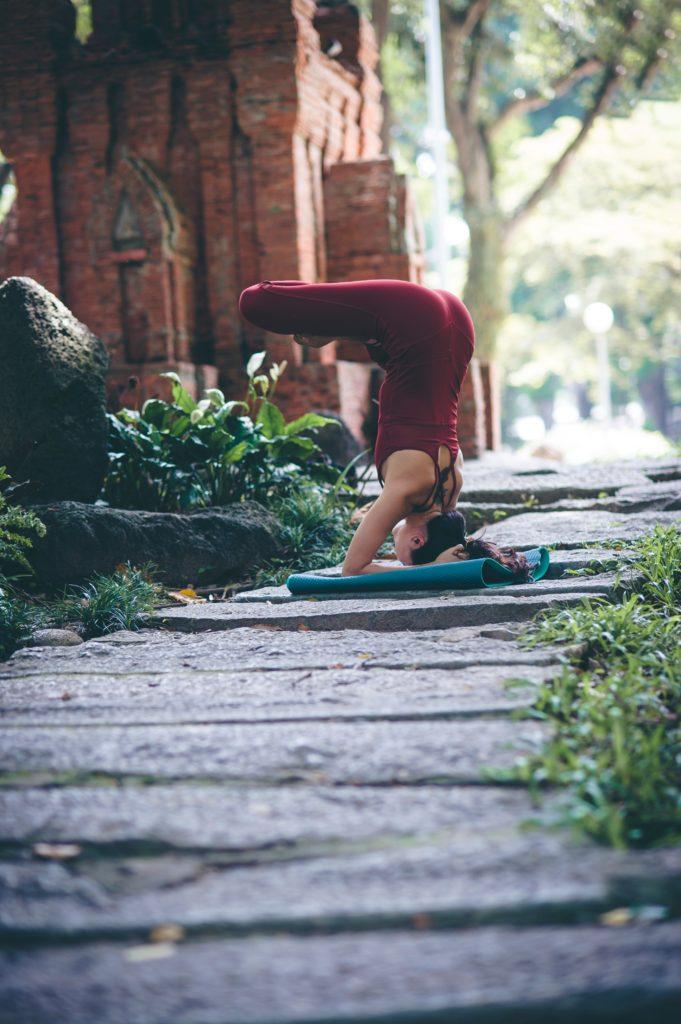 Yoga Asana -Foto di Thao Le Hoang su Unsplash