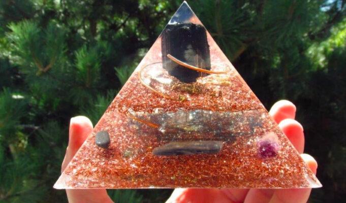 piramide orgonite fai da te